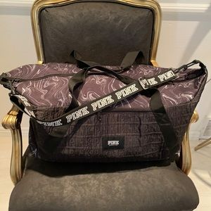 Victoria's Secret PINK duffle/gym bag & pouch too!